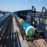 Своим автотранспортом  нефтебазы развозят  дизельное топливо